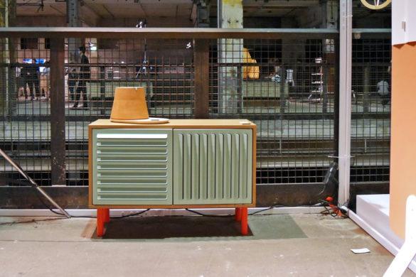 Codolagni Lido kisszekrény a a Kraftwerk Berlin egyik csarnokába.